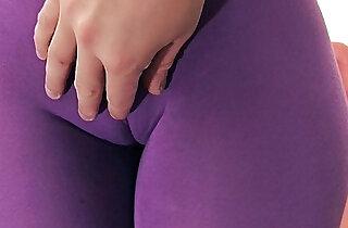 Enormous Ass Tiny Waist Cameltoe Pussy xxx tube video