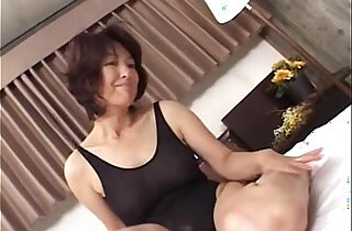 Mature asian a lone mom making sex in swimming suit xxx tube video