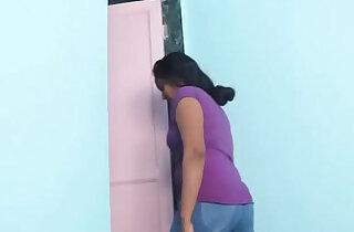 desimasala.co Bhabhi Romance with Plumber in Bathroom xxx tube video
