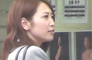 Japanese babe solo rubs xxx tube video