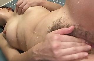 Solo busty Asian bimbo rubbing on her wet cunt xxx tube video
