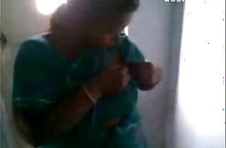 Desi Maid Feeding Her House Owners Son xxx tube video