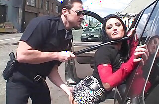 Brunette Fucked By Horny Cop xxx tube video