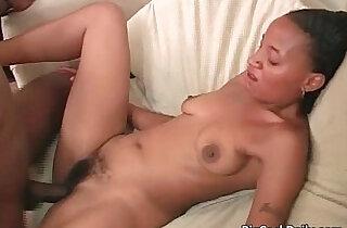Nasty ebony bitch grabs black rod xxx tube video