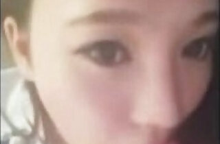 Chinese girlfriend gives amazing blowjob xxx tube video