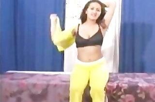 Indian Babe Sanjana Gets Massaged Fucked xxx tube video