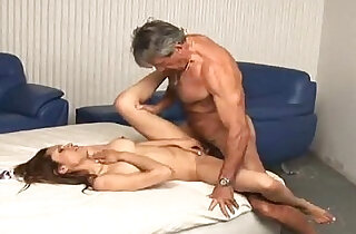 Daddy enjoying with her young blonde girl xxx tube video