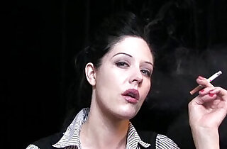 Smoking Mary Jane extremely hot! xxx tube video