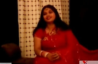 chubby fat indian aunty in red sari xxx tube video