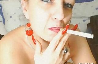 Webcam watch her Live Show Smoking Milf xxx tube video