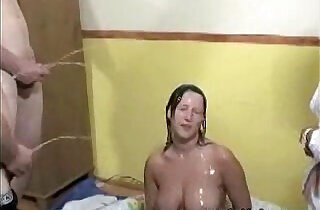 Piss Bukket xxx tube video