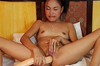 Randy little Asian with a long sex toy xxx tube video