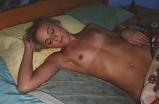 Beauty has sex with a family member xxx tube video