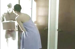 Delivery Man Gets a Treat xxx tube video