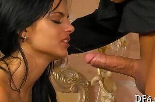 First time oral pleasure porn xxx tube video