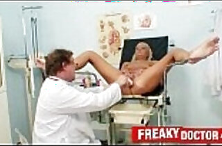 Hot legs blonde Eliss Fire clinic fetish with daddy doctor xxx tube video