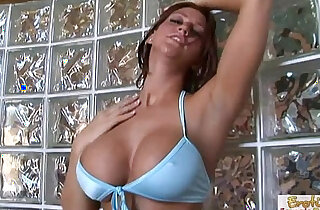Slutty redhead with big boobs knows how to rub a dick xxx tube video