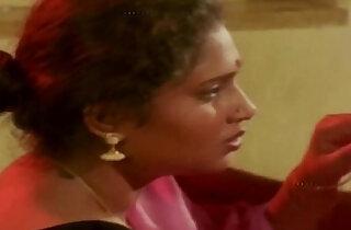 Hot Aunty and Man in Room Scene Uma Maheshwari hot glamour scene xxx tube video