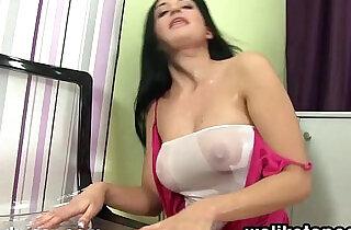 Nicole Pisses Her Sheer Pantyhose xxx tube video