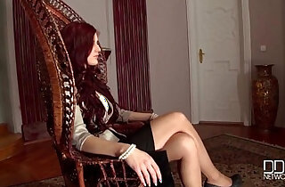 Dominatrix Mira Sunset gets a Bigger Dick then she can Handle xxx tube video