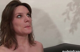 Casting couch of a pretty small titted brunette analized by her boyfriend xxx tube video